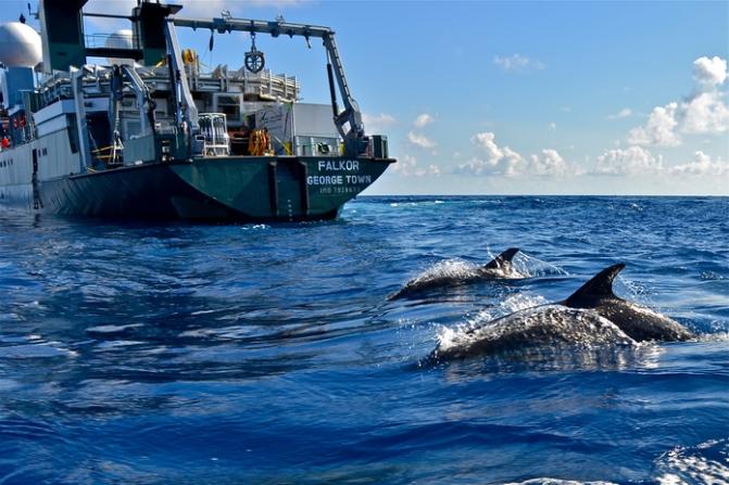 Wealthy backers support scientific efforts to explore deep seas